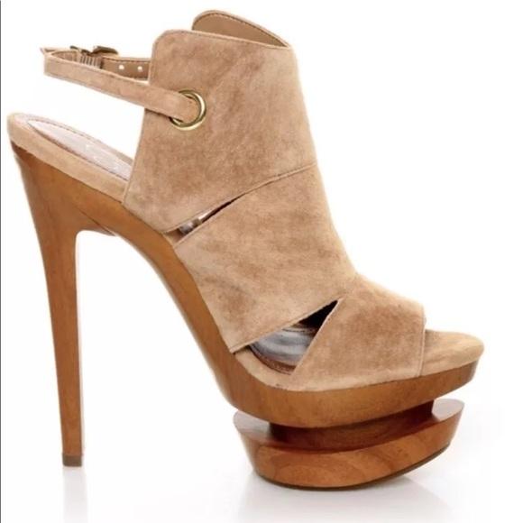 537a3364bf08 Jessica Simpson Shoes - Jessica Simpson Cat tan Suede wood platform heel